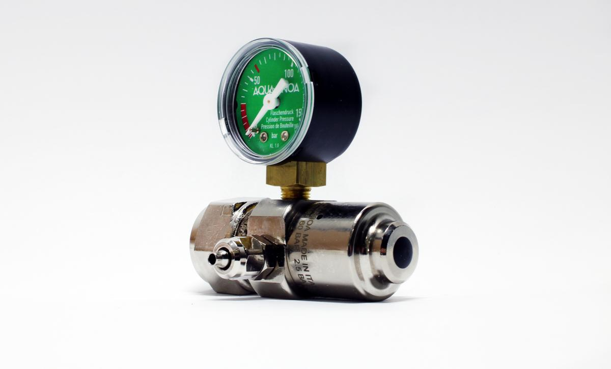CO2 pressure reducer Basic reusable with 1 manometer and fine needle valve